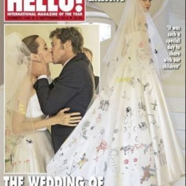 Zoom sur la robe de mariée originale d'Angie